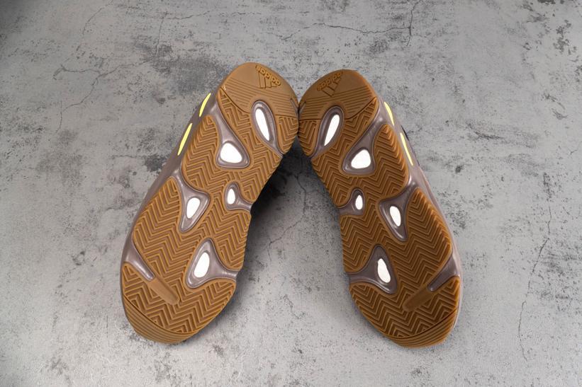 adidas Yeezy 700 Mauve 6