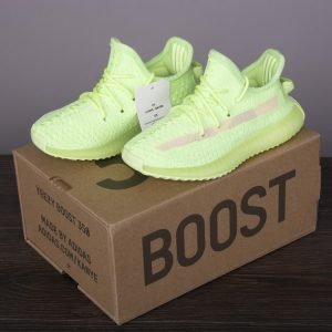 adidas Yeezy Boost 350 V2 Glow Kids 1