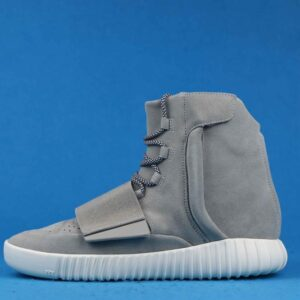 adidas Yeezy Boost 750 OG Light Brown 1