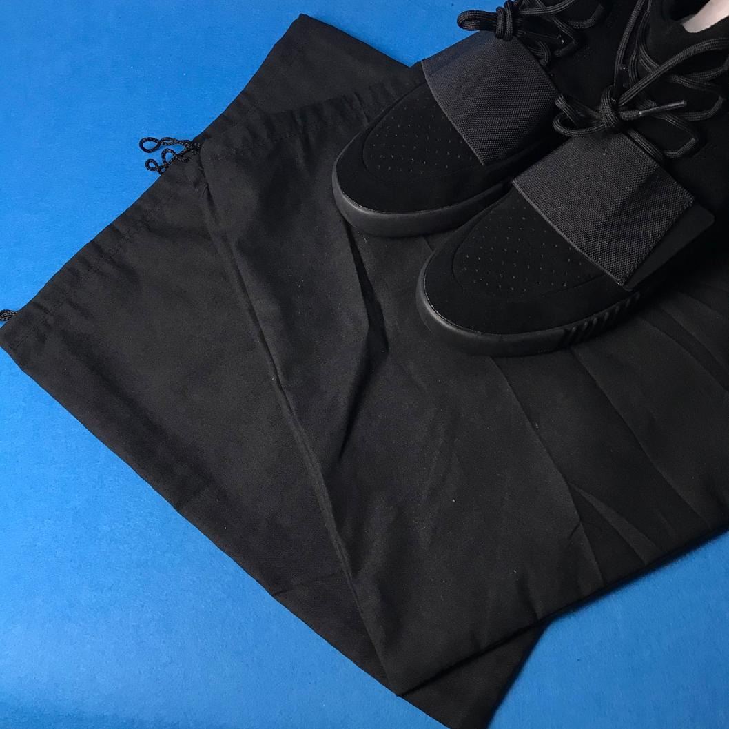 adidas Yeezy Boost 750 Triple Black 21