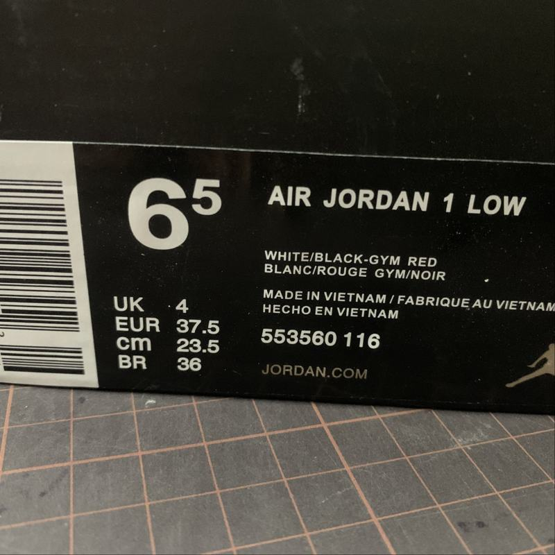 Air Jordan 1 Low GS Black Toe 10