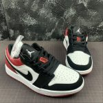 Air Jordan 1 Low GS Black Toe 5