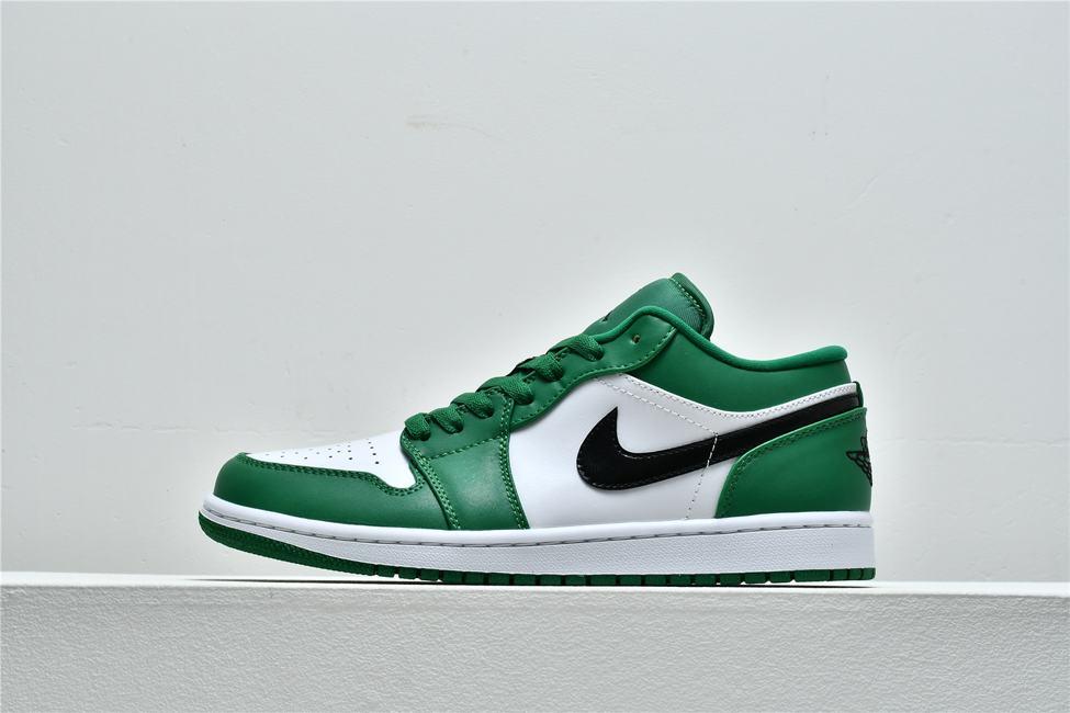 Air Jordan 1 Low GS Pine Green 1