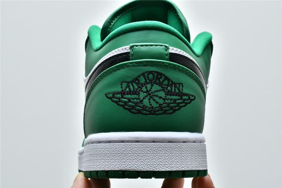 Air Jordan 1 Low GS Pine Green 12