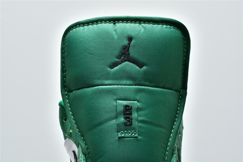 Air Jordan 1 Low GS Pine Green 18