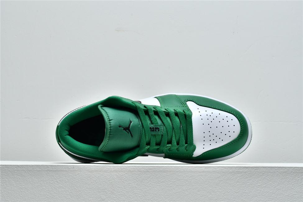 Air Jordan 1 Low GS Pine Green 3