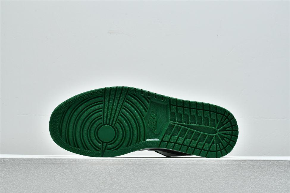 Air Jordan 1 Low GS Pine Green 4