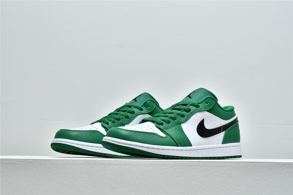 Air Jordan 1 Low GS Pine Green 5