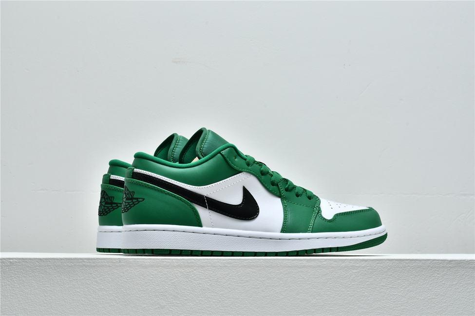 Air Jordan 1 Low GS Pine Green 7