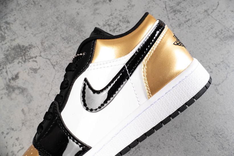 Air Jordan 1 Low Gold Toe 6