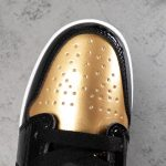 Air Jordan 1 Low Gold Toe 8