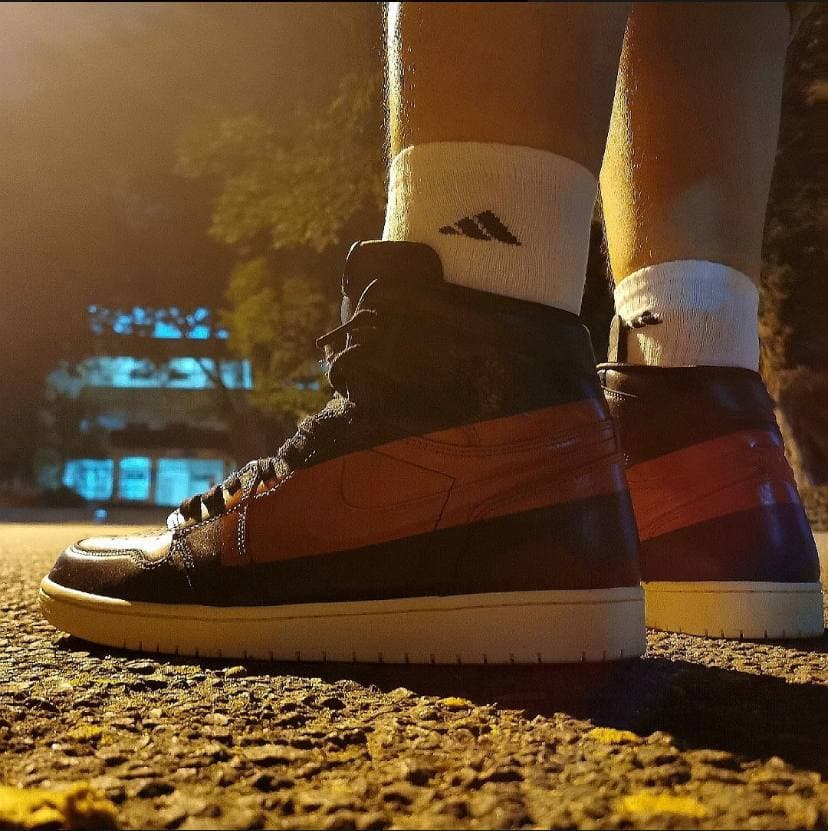 Air Jordan 1 Retro High OG Couture 12