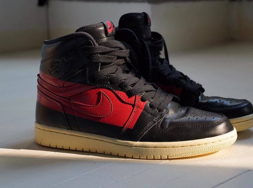 Air Jordan 1 Retro High OG Couture 33