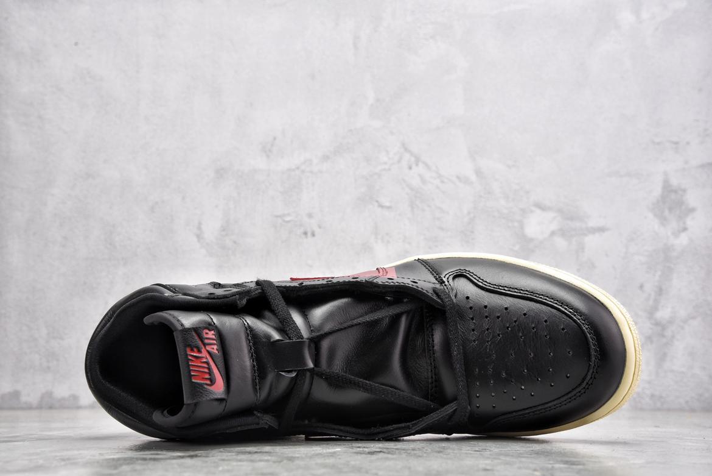 Nike Air Jordan 1 Retro High OG Couture 3
