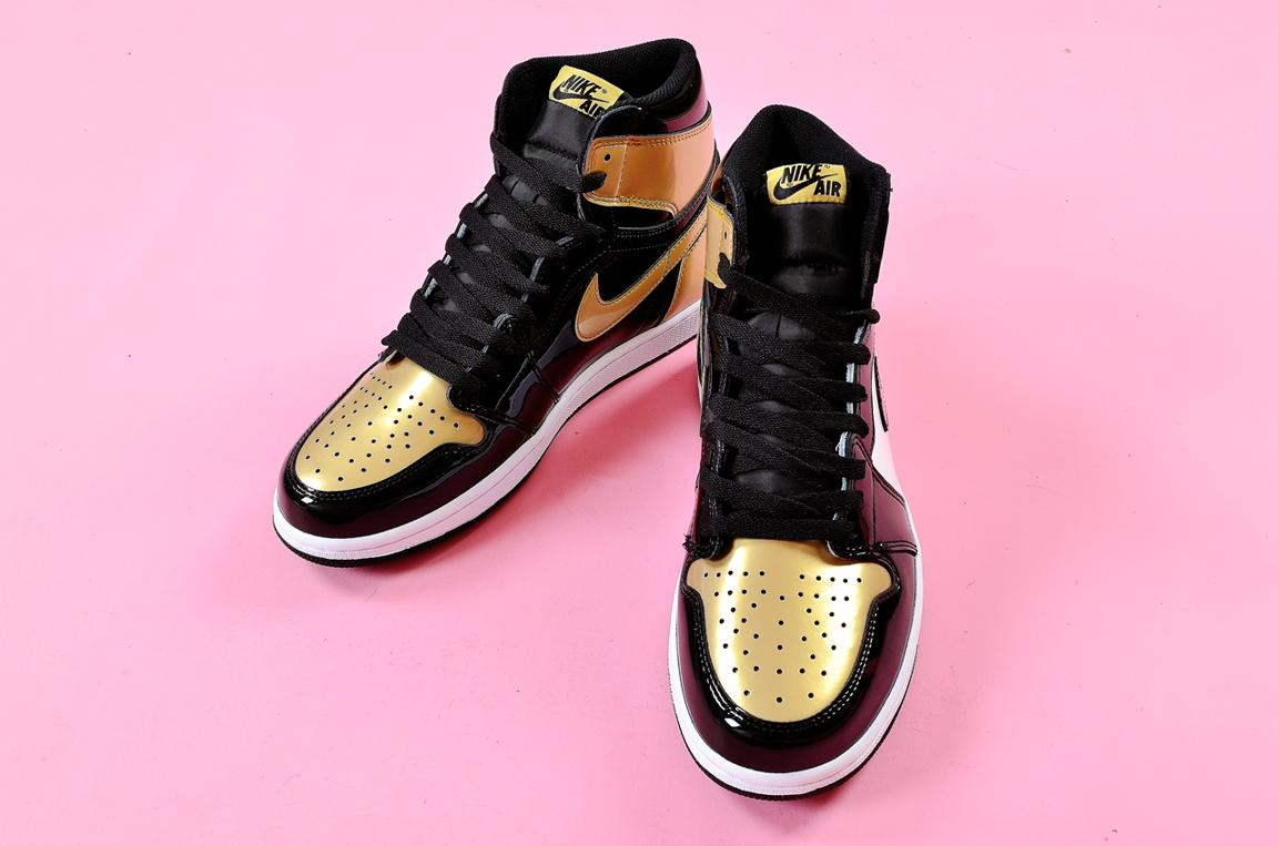 Nike Air Jordan 1 Retro High OG NRG Gold Toe 13