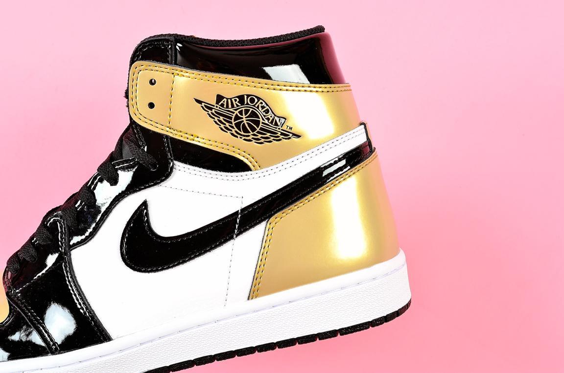 Nike Air Jordan 1 Retro High OG NRG Gold Toe 3