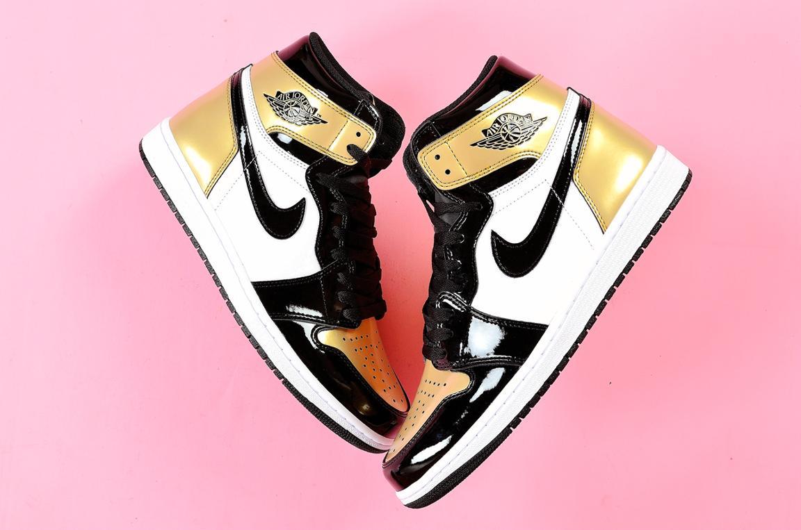 Nike Air Jordan 1 Retro High OG NRG Gold Toe 5