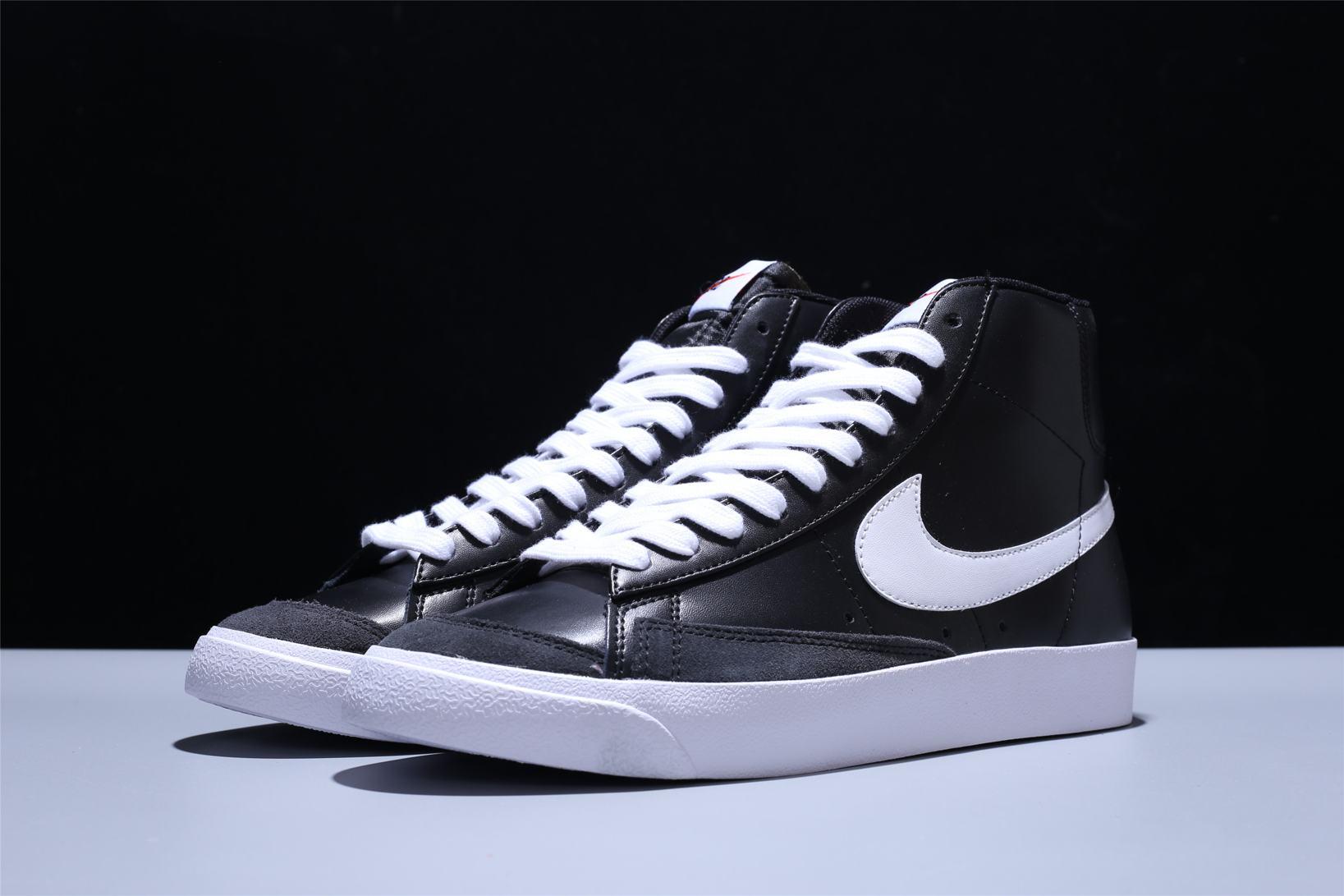 Nike Blazer Mid 77 Vintage Black Canvas 1