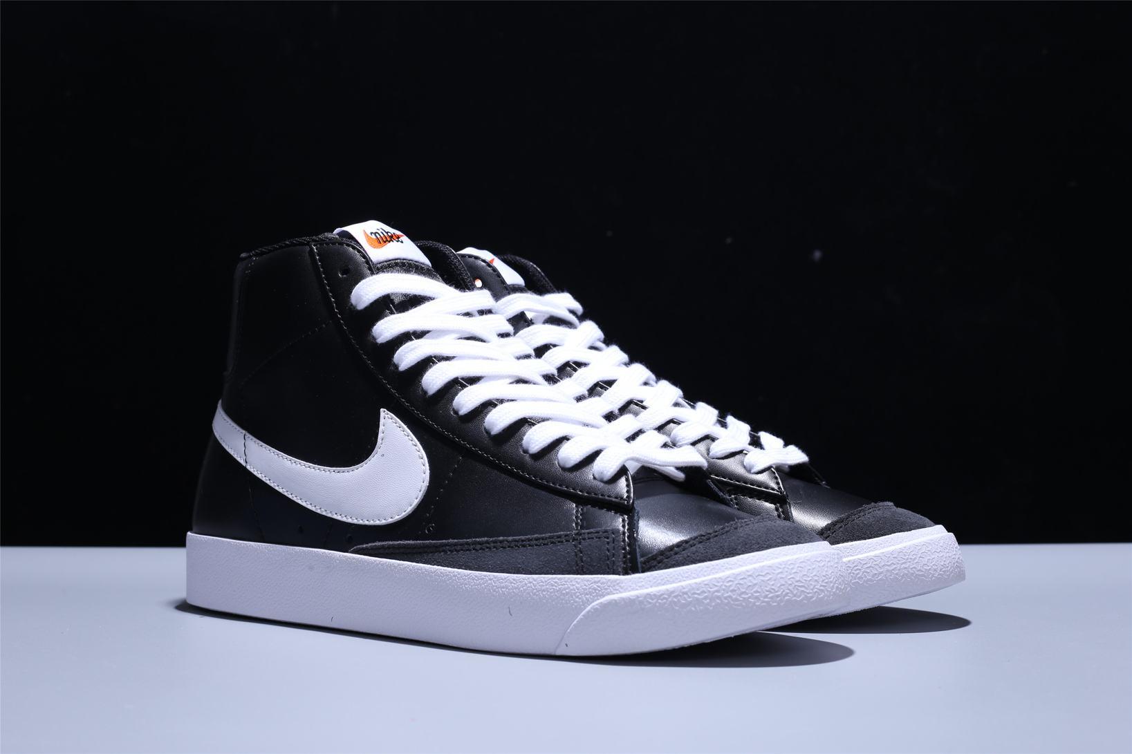 Nike Blazer Mid 77 Vintage Black Canvas 2
