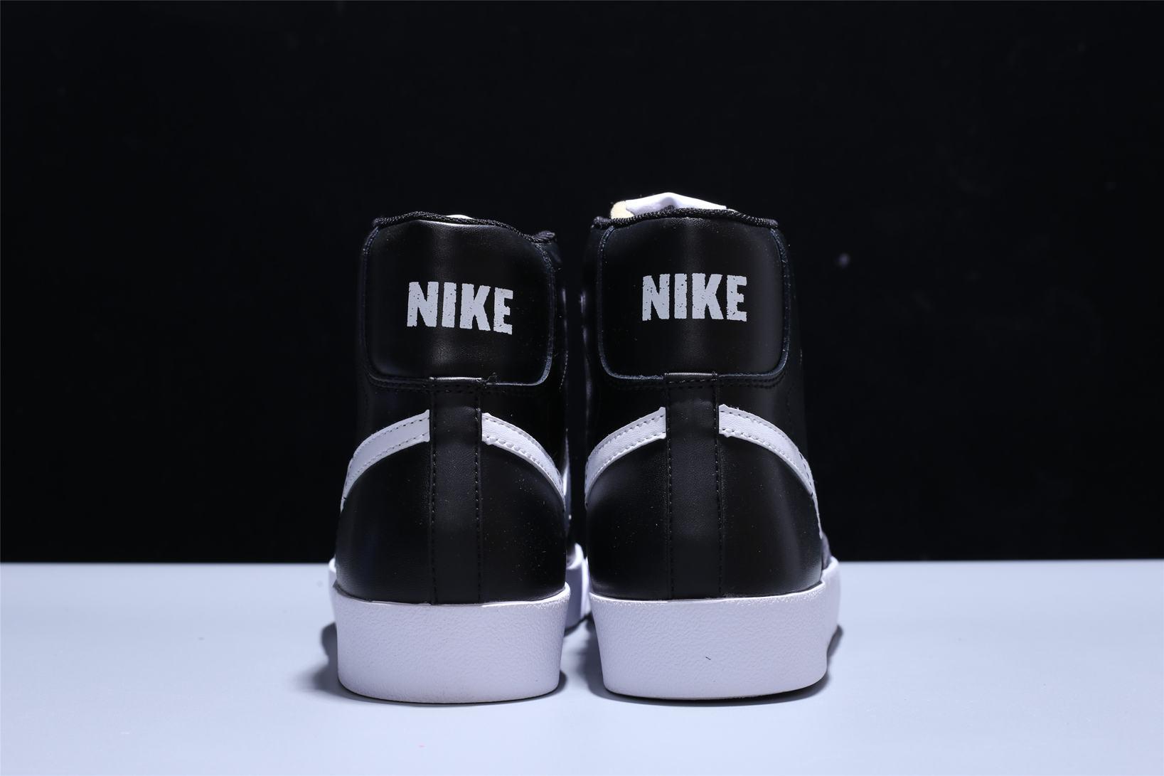 Nike Blazer Mid 77 Vintage Black Canvas 3
