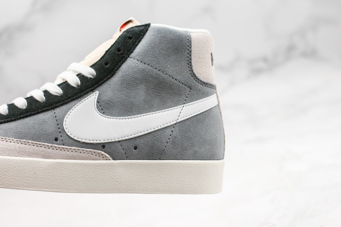 Nike Blazer Mid 77 Vintage Cool Grey White Black 4