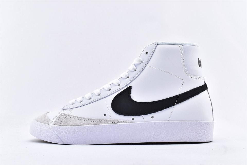 Nike Blazer Mid 77 Vintage White Black 1