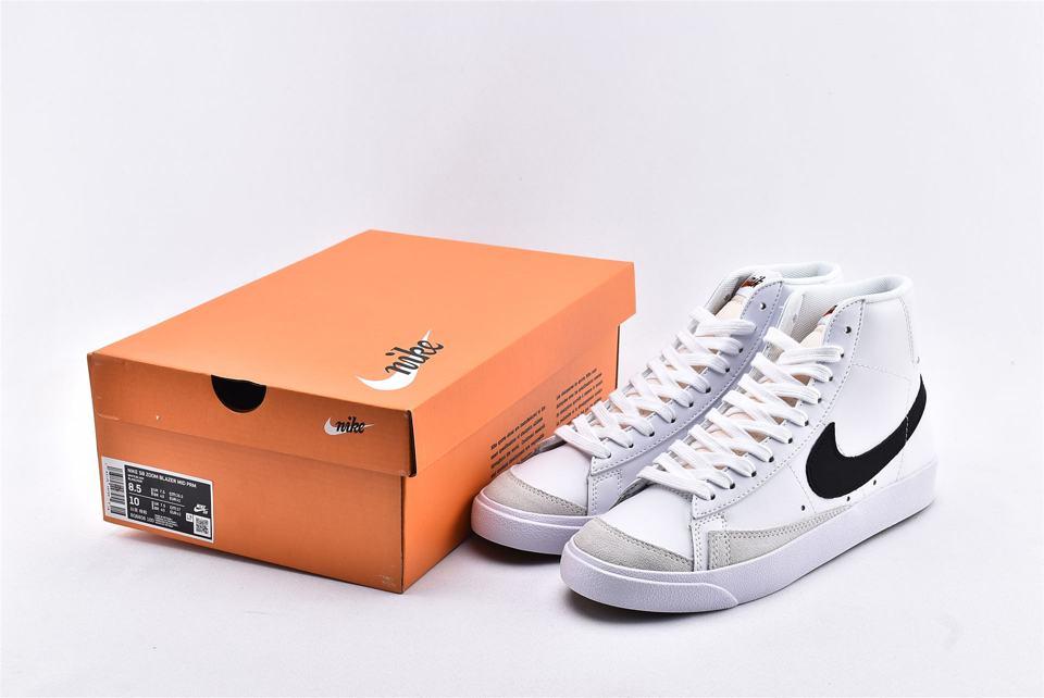 Nike Blazer Mid 77 Vintage White Black 10
