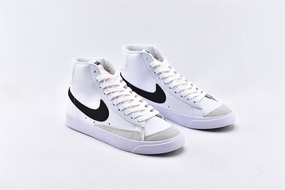 Nike Blazer Mid 77 Vintage White Black 2