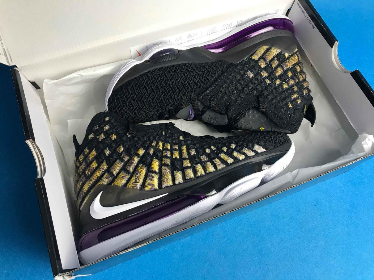 Nike LeBron 17 Lakers 10