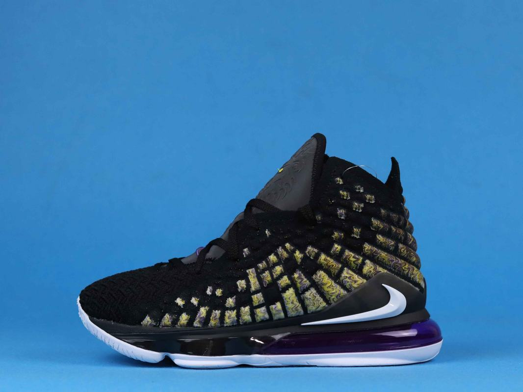Nike LeBron 17 Lakers 2