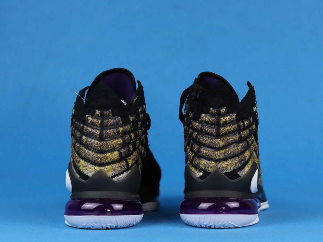 Nike LeBron 17 Lakers 4