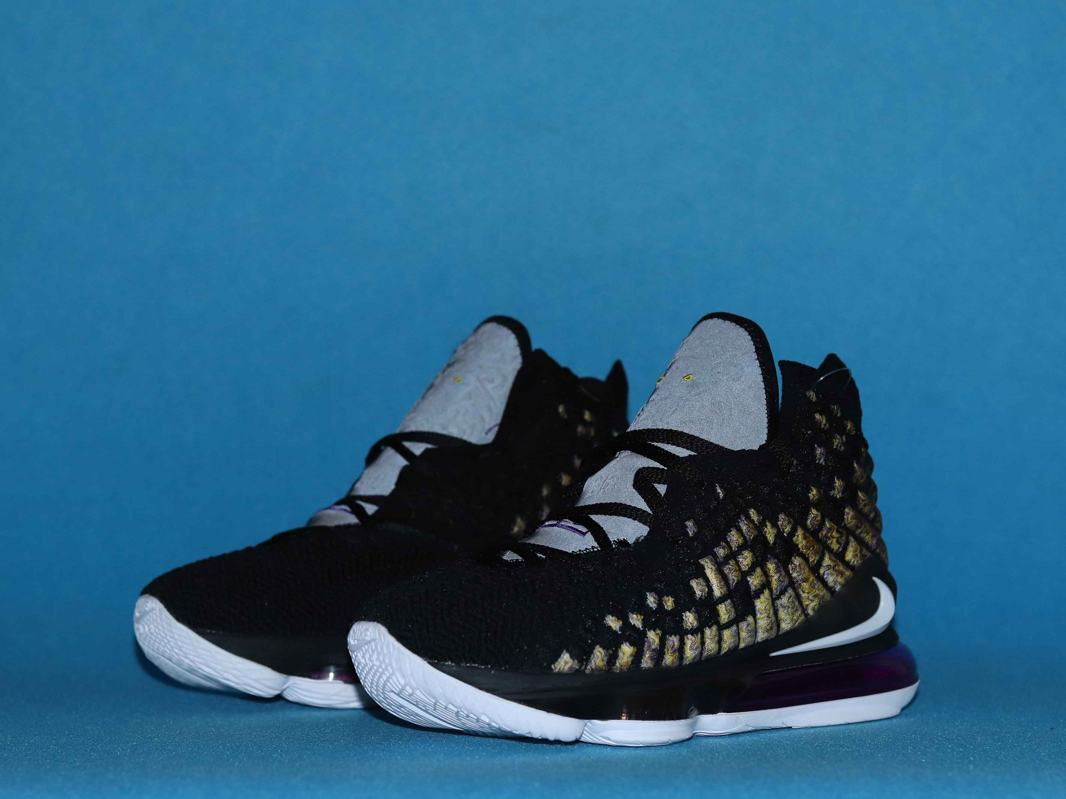 Nike LeBron 17 Lakers 8