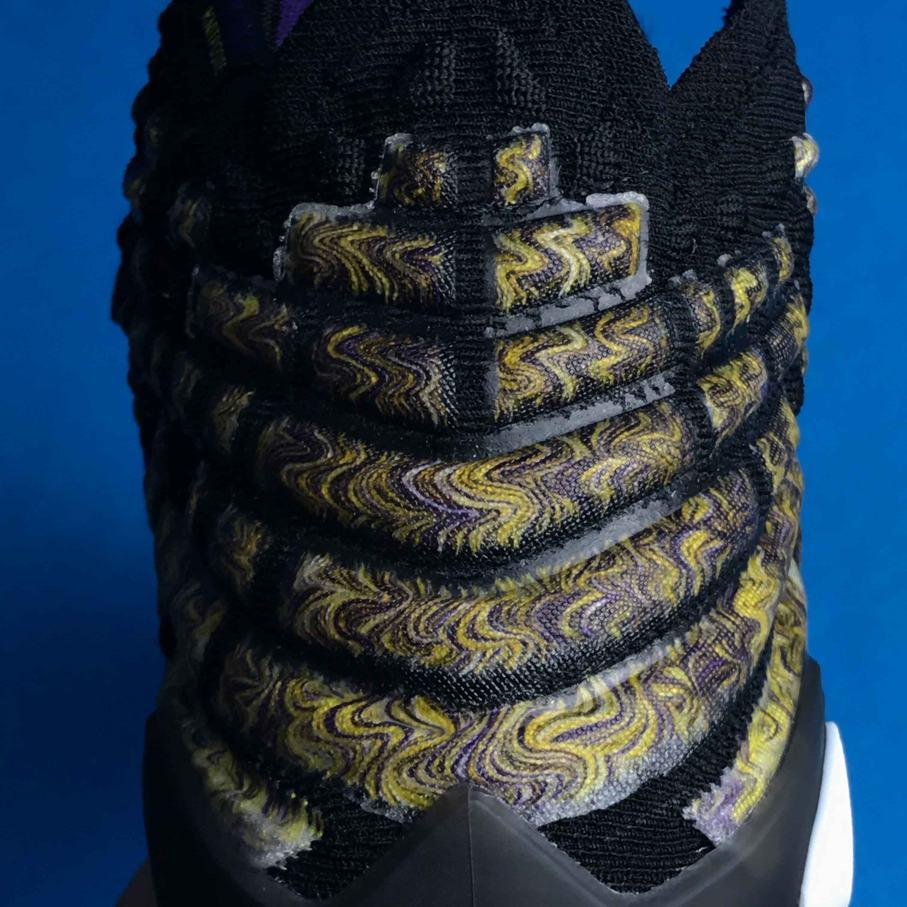 Nike LeBron 17 Lakers 9