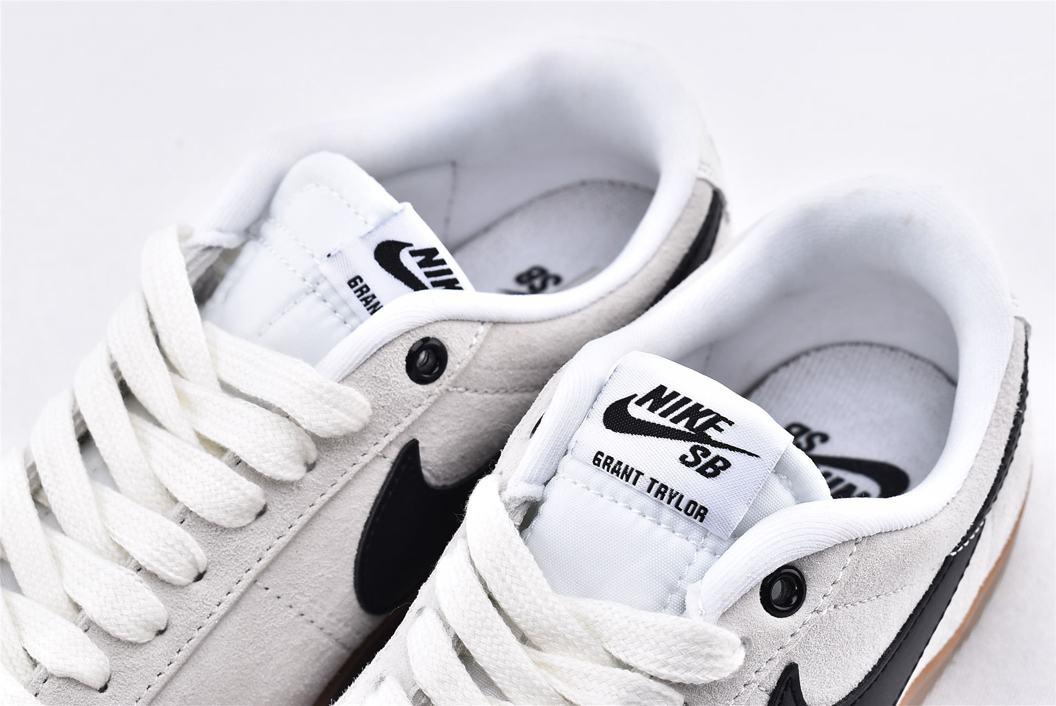 Nike SB Blazer Low GT Ivory Black Gum 4