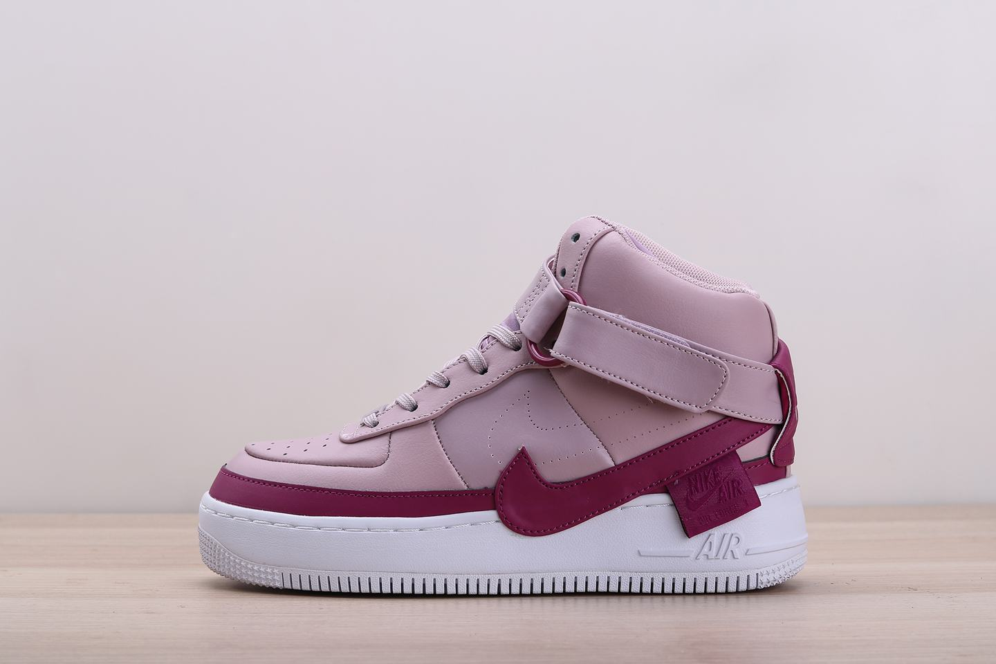 Nike Wmns Air Force 1 Jester XX High Plum Chalk 1
