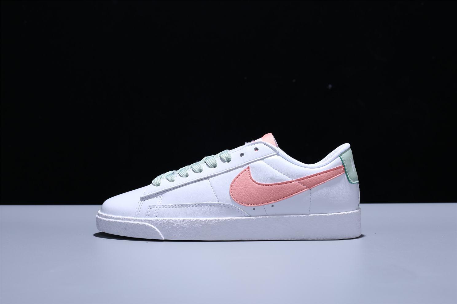 Nike Wmns Blazer Low LE White Bleached Coral 4