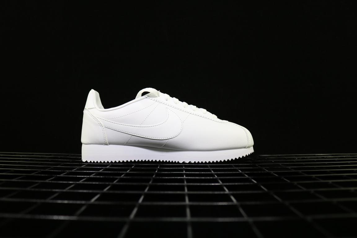 Nike Wmns Classic Cortez Leather White 2