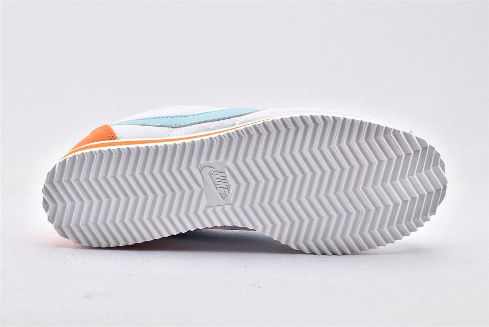 Nike Wmns Classic Cortez Premium Light Aqua 8