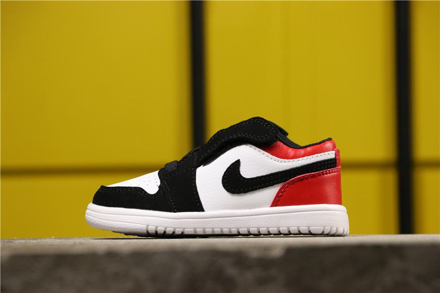 Air Jordan 1 Low Alt PS Black Toe 1