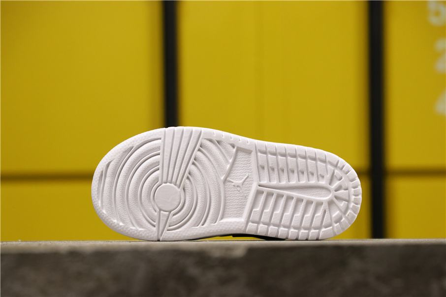 Air Jordan 1 Low Alt PS Black Toe 3