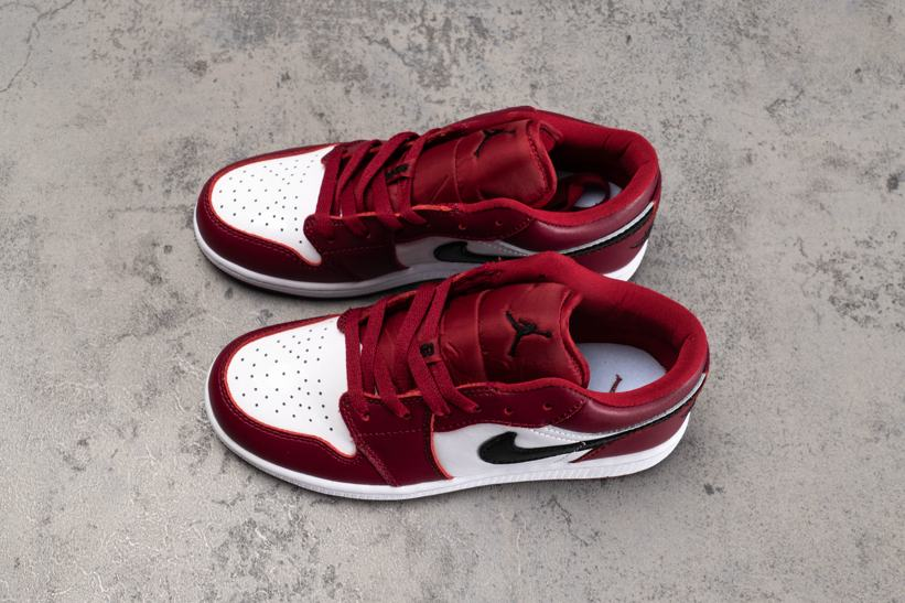 Air Jordan 1 Low GS Noble Red 2