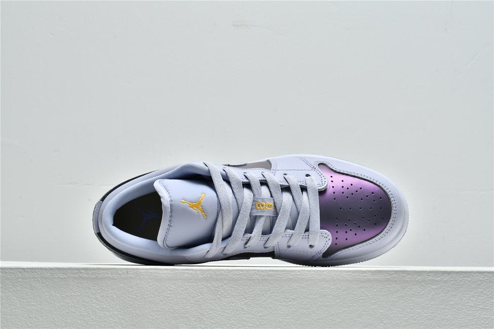 Air Jordan 1 Low GS Oxygen Purple 3