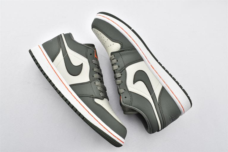 Air Jordan 1 Low Military Green 7
