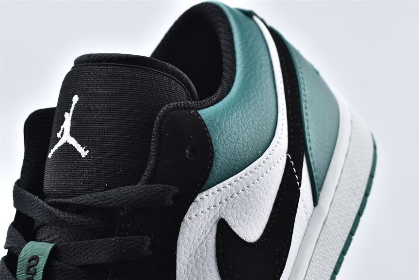 Air Jordan 1 Low Mystic Green 11