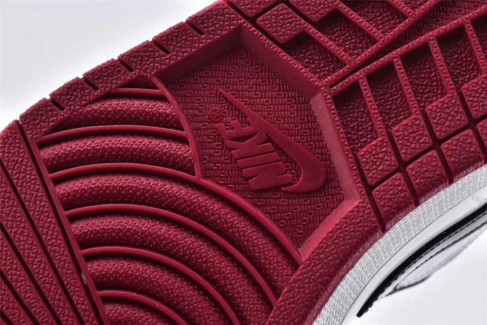 Air Jordan 1 Low Noble Red 15