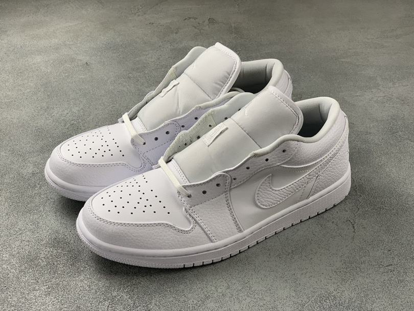 Air Jordan 1 Low Triple White Fog Grey 1
