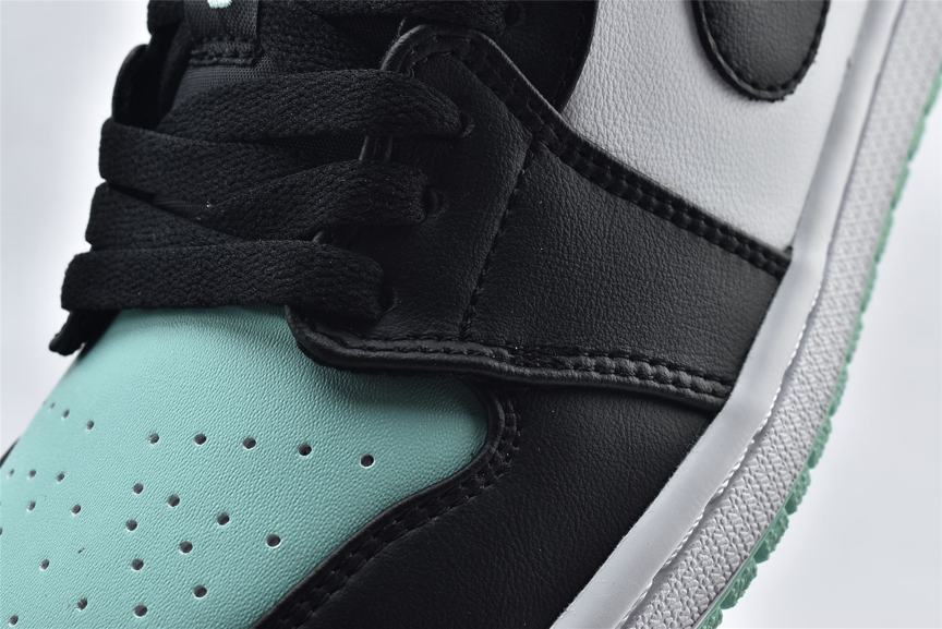 Air Jordan 1 Retro Low Emerald 10