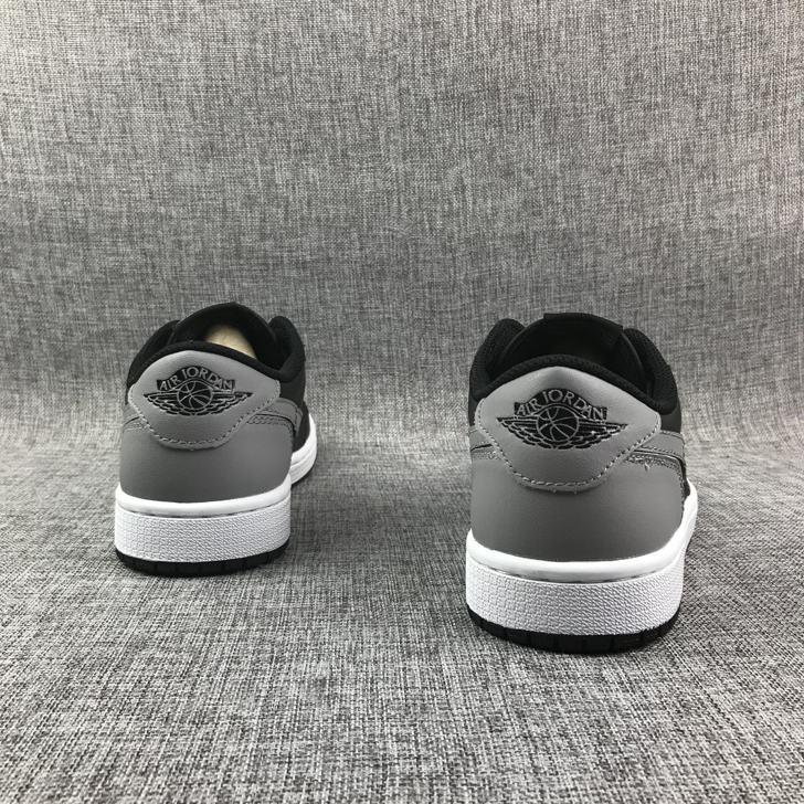 Air Jordan 1 Retro Low OG GS Shadow 5