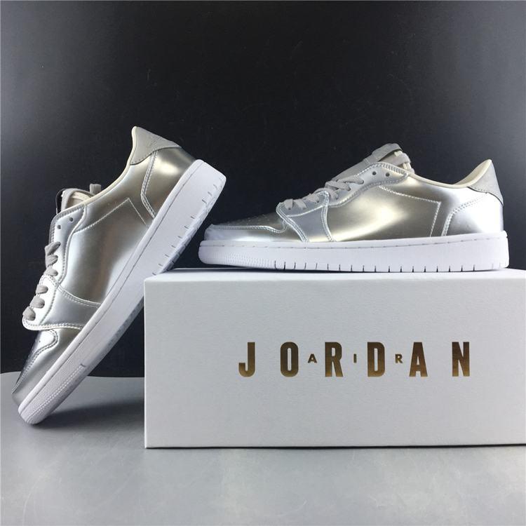 Air Jordan 1 Retro Low OG Pinnacle Metallic Silver 2