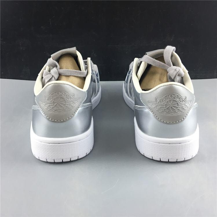 Air Jordan 1 Retro Low OG Pinnacle Metallic Silver 7